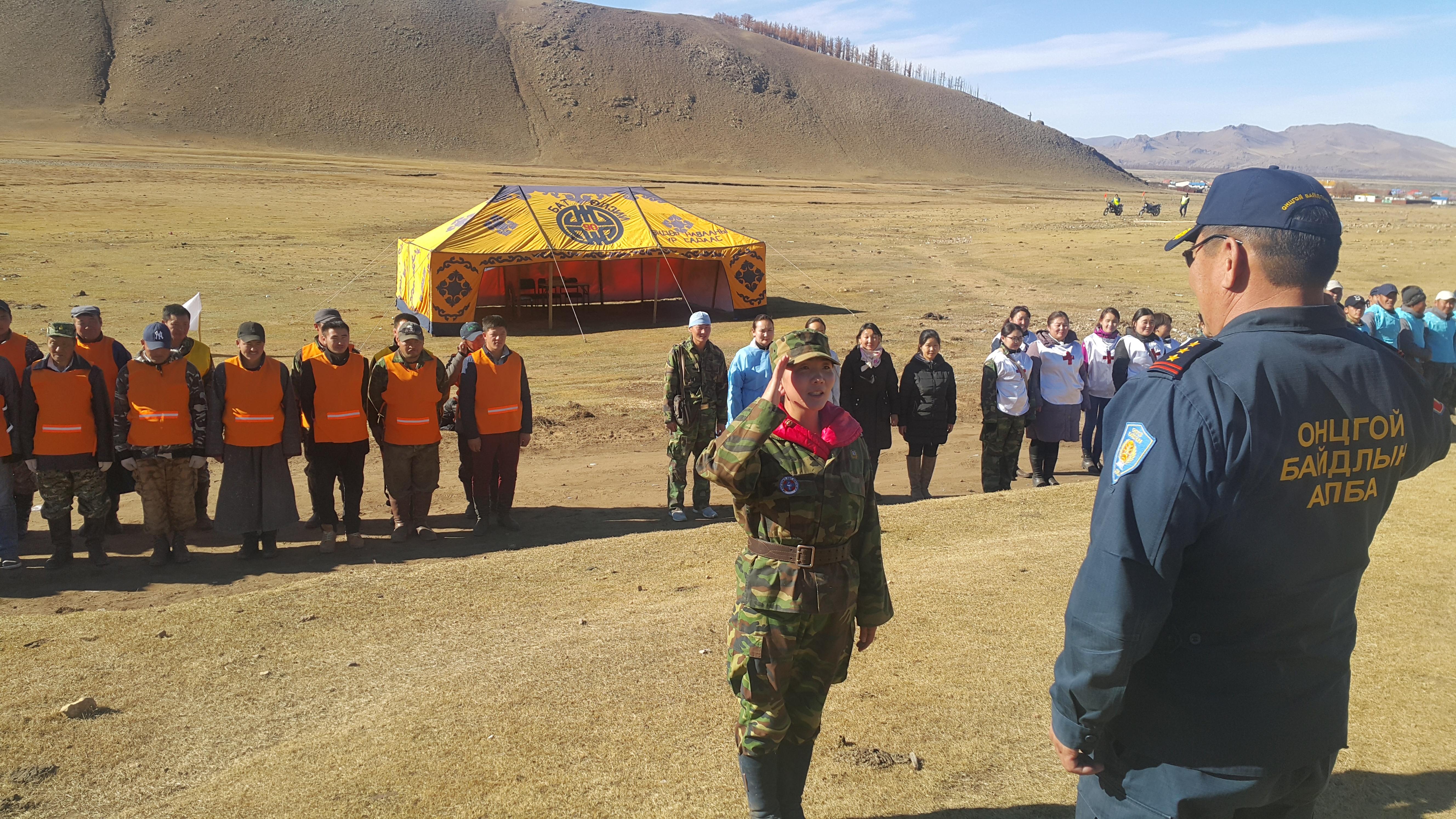 Өвөрхангай аймгийн Бат-Өлзий суманд Гамшгаас хамгаалах иж бүрэн сургууль зохион байгууллаа