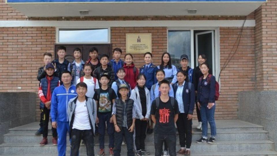 Сурагчид Онцгой байдлын газартай танилцав