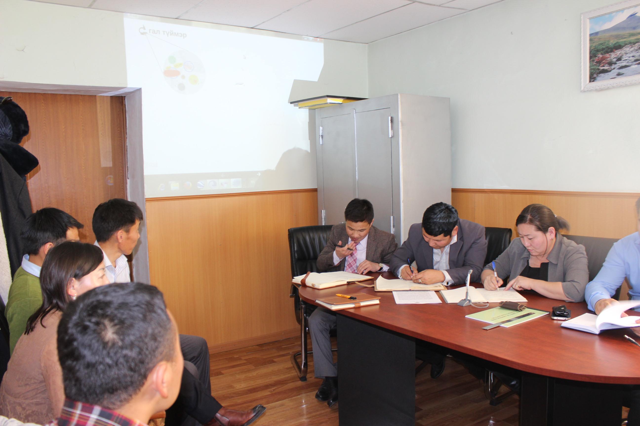 Өвөрхангай аймгийн Прокурорын газар галын аюулгүй байдал сэдэвт сургалт зохион байгуулав